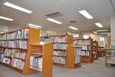 婦中図書館